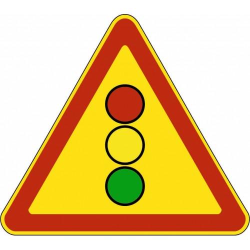 Временнный предупреждающий Дорожный знак 1.8 - Светофорное регулирование